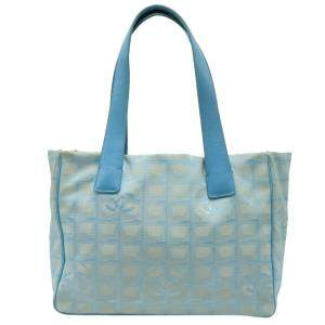 حقيبة شانيل ترافيل لاين نايلون زرقاء