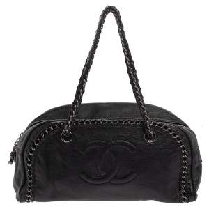 Chanel Black Leather Medium Luxe Ligne Bowler Bag