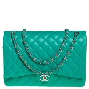 حقيبة شانيل ماكسي كلاسيك جلد مبطن أخضر بقلاب مزودج