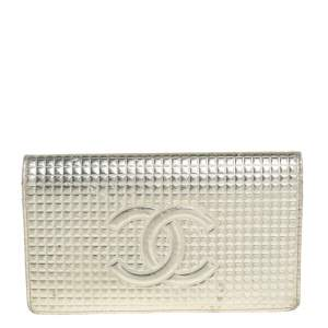Chanel Metallic Gold Cube Quilted Leather CC Bifold Wallet
