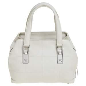 حقيبة ساتشل شانيل جلد أبيض