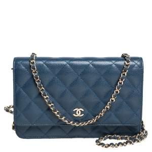 محفظة بسلسلة شانيل كلاسيك جلد كافيار مبطن أزرق