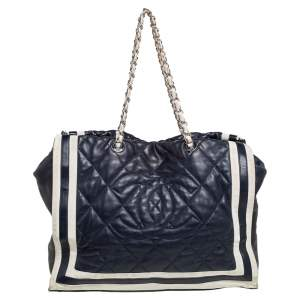 Chanel Navy Blue/White Quilted Leather and Canvas CC Chain Tote