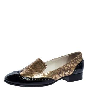 Chanel Metallic Gold And Black Patent Brogue Leather Slip On Oxford Size 39