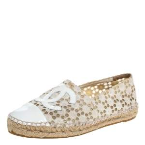 Chanel White Lace And Patent Leather CC Espadrille Flats Size 37