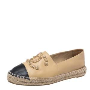 Chanel Beige/Black Leather Camelia Stud Cap Toe Espadrilles Flat Size 39