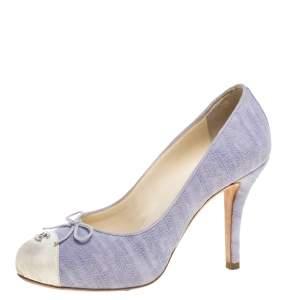 حذاء كعب عالي شانيل مقدمة بيضاء مزين شعار الماركة سي سي و فيونكة كانفاس بنفسجي مقاس 36.5