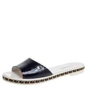Chanel Navy Blue Patent Leather Chain Detail Slide Flat Sandals Size 39C