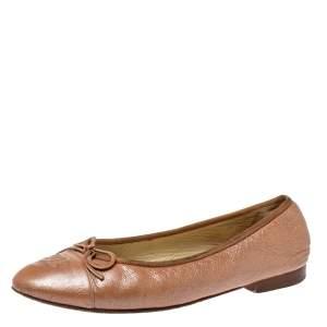 حذاء فلات باليه شانيل فيونكة غطاء مقدمة سى سى جلد بيج ميتالك مقاس 38