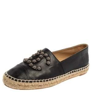 حذاء إسبادريلز شانيل فلات غطاء مقدمة ترصيع كاميليا سى سى جلد أسود مقاس 39