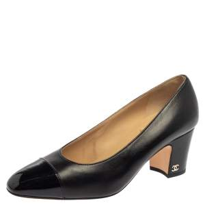 Chanel Black Leather And Patent Leather CC Cap Toe Pumps Size 38
