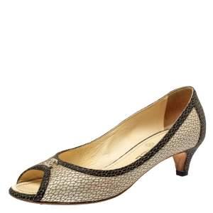 حذاء كعب عالي شنايل جلد منقوش ثنائي اللون مقدمة مفتوحة سي سي مقاس 38