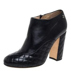 حذاء بوت شانيل سحاب مبطن جلد أسود مقاس 37.5