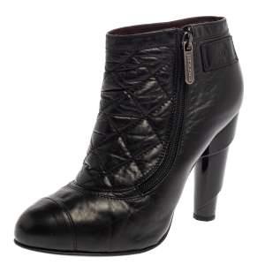 حذاء بوت كاحل شانيل جلد مبطن أسود مقاس 39.5