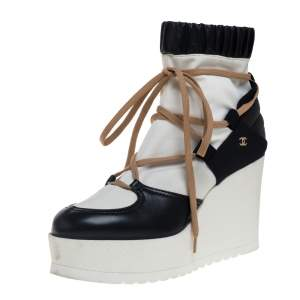Chanel White/Black Leather And Blended Fabric Lace Up Wedge Platform Boots Size 38.5