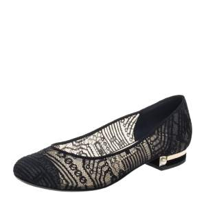 حذاء باليرينا فلات شانيل دانتيل أسود مقدمة منفصلة سي سي مقاس 40.5