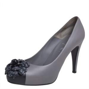 Chanel Grey/Black Leather Camellia Pumps Size 40.5