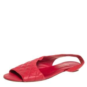 Chanel Red Quilted Leather Flat Sandals Size 40.5