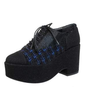 Chanel Black/Blue Wool And Tweed Cap Toe Platform Oxfords Size 36.5