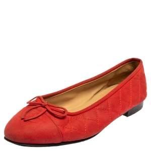 حذاء فلات باليه شانيل فيونكة غطاء مقدمة سي سي جلد أحمر مقاس 37