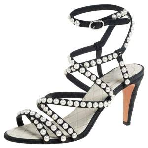 Chanel Black Leather Faux Pearl Embellished Strappy Sandals Size 39