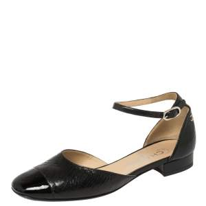 حذاء كعب عالي شانيل دورساي سير كاحل مقدمة سوداء سي سي جلد لامع و جلد متشقق أسود مقاس 36.5