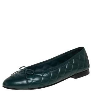 حذاء فلات باليه شانيل غطاء مقدمة سي سي فيونكة جلد مبطن أخضر مقاس 40.5