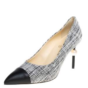 Chanel Black/White Tweed, Leather CC Pointed Toe  Pumps Size 39