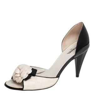 Chanel Cream/Black Patent And Leather Camellia Dorsay Pumps Size 40