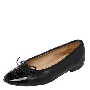 Chanel Black Patent And Leather Bow CC Cap Toe Ballet Flats Size 36.5