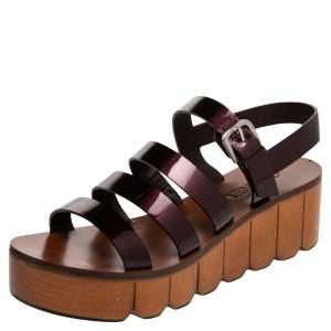 Chanel Burgundy Patent Leather Interlocking CC Logo Slingback Platform Sandals Size 38