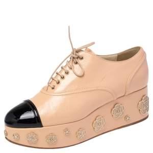 Chanel Beige/ Black Patent Leather Camellia Platform Lace Up Oxfords Size 39.5