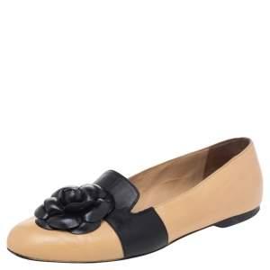 Chanel Beige/Black Leather Camellia Slip On Flats Size 39