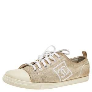 حذاء رياضي شانيل كانفاس وجلد بيج CC عنق منخفض مقاس 39.5