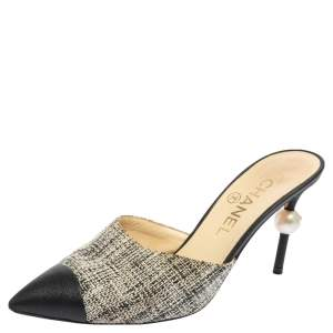 Chanel Black/White Tweed and Leather CC Pearl Embellished Heel Mules Size 37