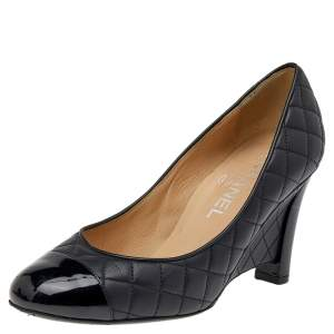 Chanel Black Patent And Quilted Leather CC Pumps Size 36.5