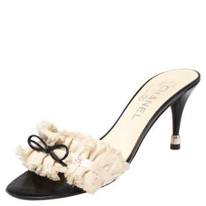 Chanel White/Black Ruffled Fabric CC Bow Slide Sandals Size 37.5