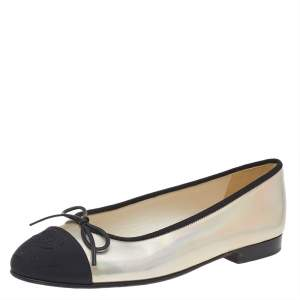 Chanel Metallic Silver/Black Canvas And Patent Leather CC Ballet Flats Size 37