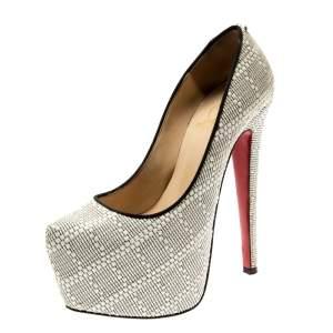 حذاء كعب عالي كريستيان لوبوتان نعل سميك دافوديل رافيا أبيض مقاس 36.5