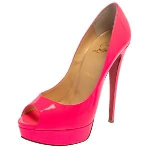 حذاء كعب عالي كريستيان لوبوتان ليدي مقدمة مفتوحة و نعل سميك جلد لامع وردي نيون مقاس 39.5