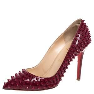 حذاء كعب عالى كريستيان لوبوتان مقدمة مدببة سبايكز بيغال جلد لامع أحمر مقاس  39.5