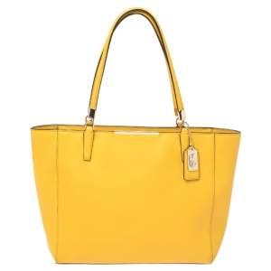 حقيبة يد كوتش بارك مترو جلد صفراء