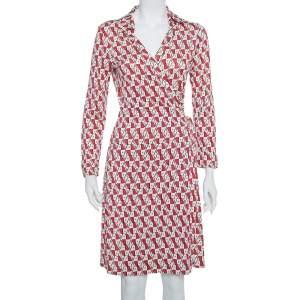 فستان ديان فون فرستنبيرغ نيو جياني ملتف مطبوع شعار الماركة تريكو أحمر و كريمي مقاس كبير (لارج)