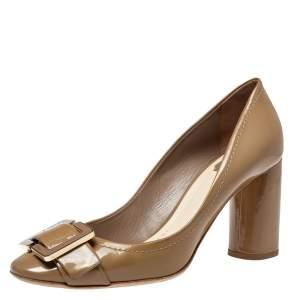 حذاء كعب عالى ديور كعب عريض تفاصيل إبزيم جلد لامع بيج مقاس 40.5