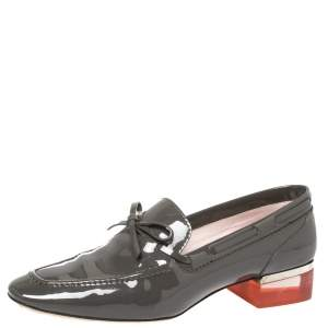 Dior Grey Patent Leather Bow Embellished Lucite Block Heel Loafer Pumps Size 38.5