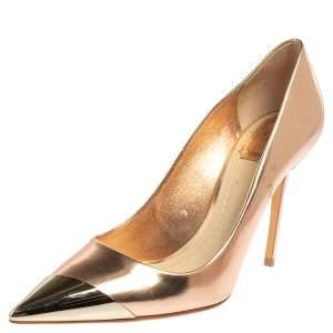 حذاء كعب عالي ديور جلد ذهبي وردي معدني مقدمة مدببة مقاس 39