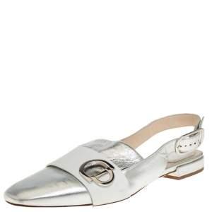 حذاء فلات ديور جلد أبيض/فضي بالشعار حزام للكاحل مقاس 40