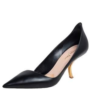 حذاء كعب عالي ديور دي سكلابتشر جلد أسود بمقدمة مدببة مقاس 39