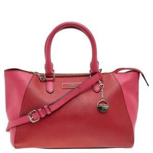 حقيبة يد توتس دي كي إن واي جلد سافيانو أحمر / وردي