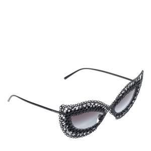نظارة شمسية دولتشي أند غابانا عين قطة دي جي 2238 أتش متدرجة رمادية/ فيلغري دانتيل لؤلؤ وسوداء